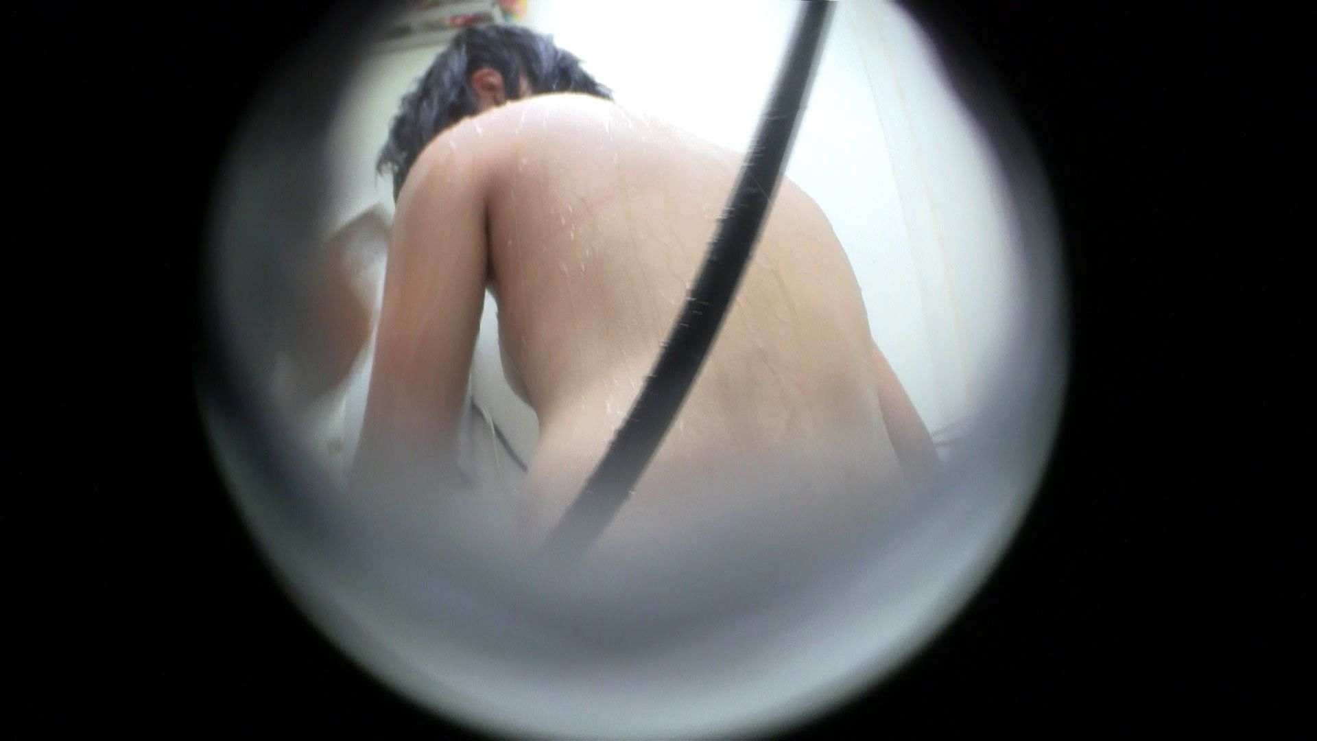 NO.43 乳首の先がチラ 背中でイメージして下さい 乳首  57PIX 30