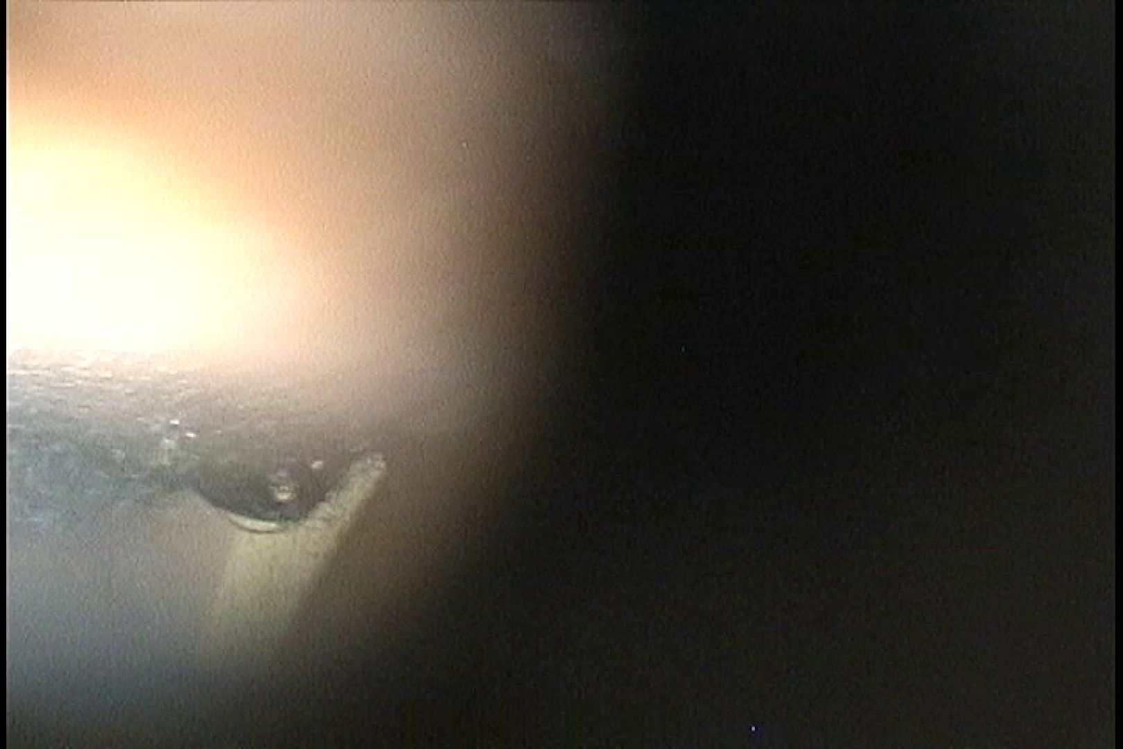 No.42 濃い目の陰毛のその奥には!! シャワー室  106PIX 84