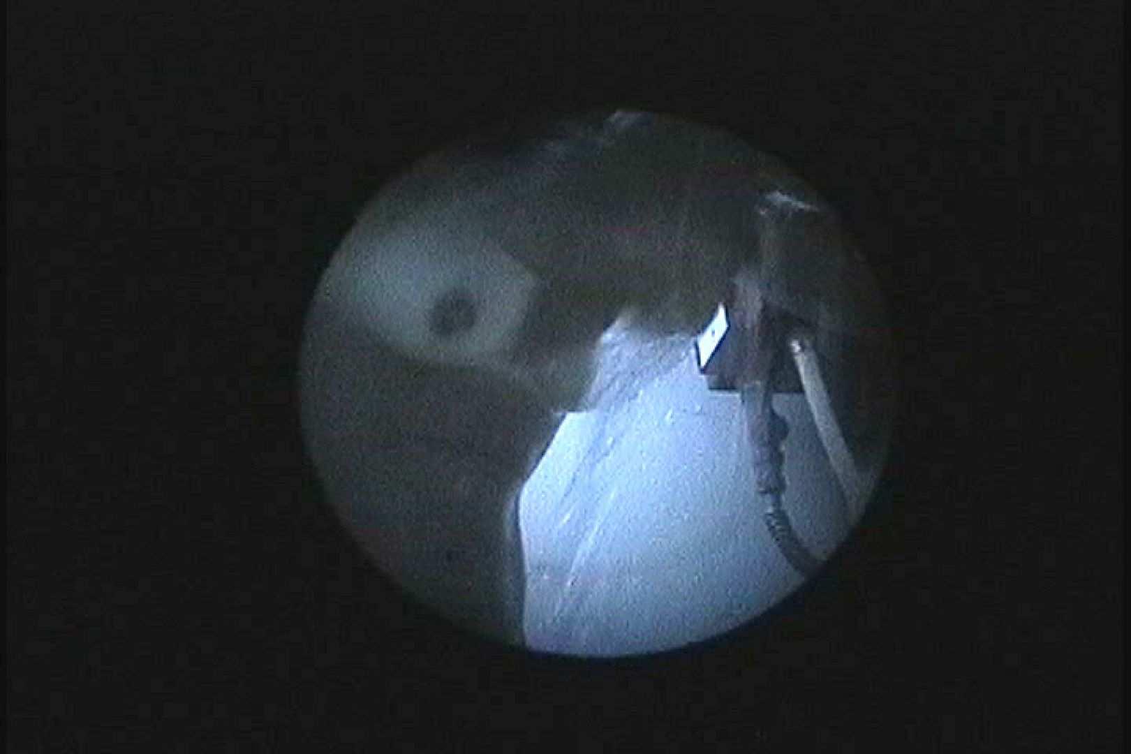 No.122 くっきり日焼け跡細身のお女市さん 暗いのが残念です シャワー  78PIX 43