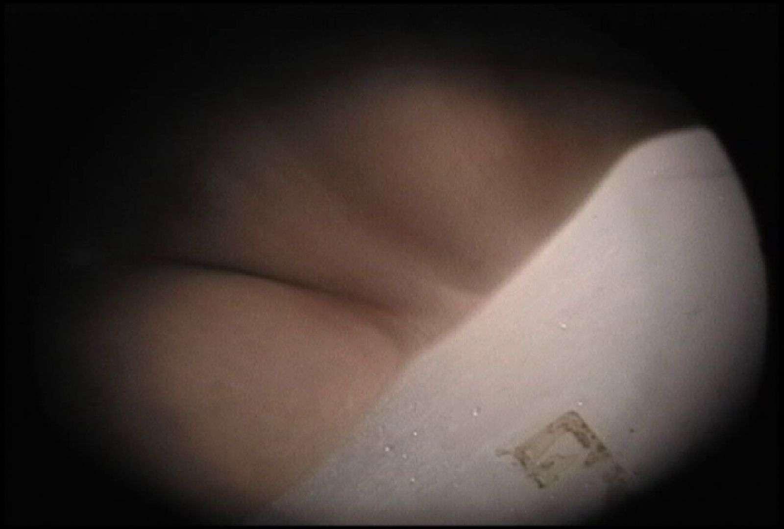 No.130 ぼってりした下半身と凶暴な陰毛を重点的に 接写  97PIX 58