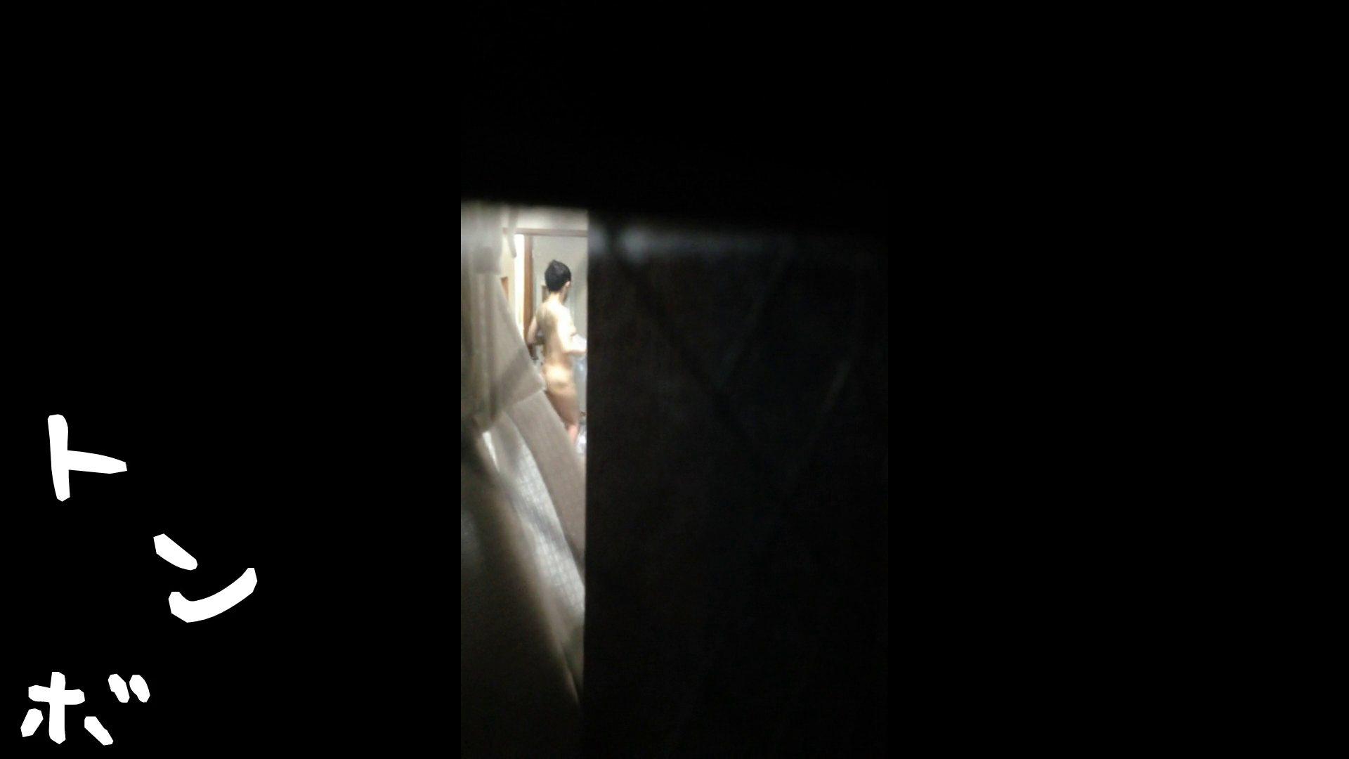 【リアル盗撮】元ジュディマリのYIUKI似 某歌手丸秘ヌード シャワー室  72PIX 7