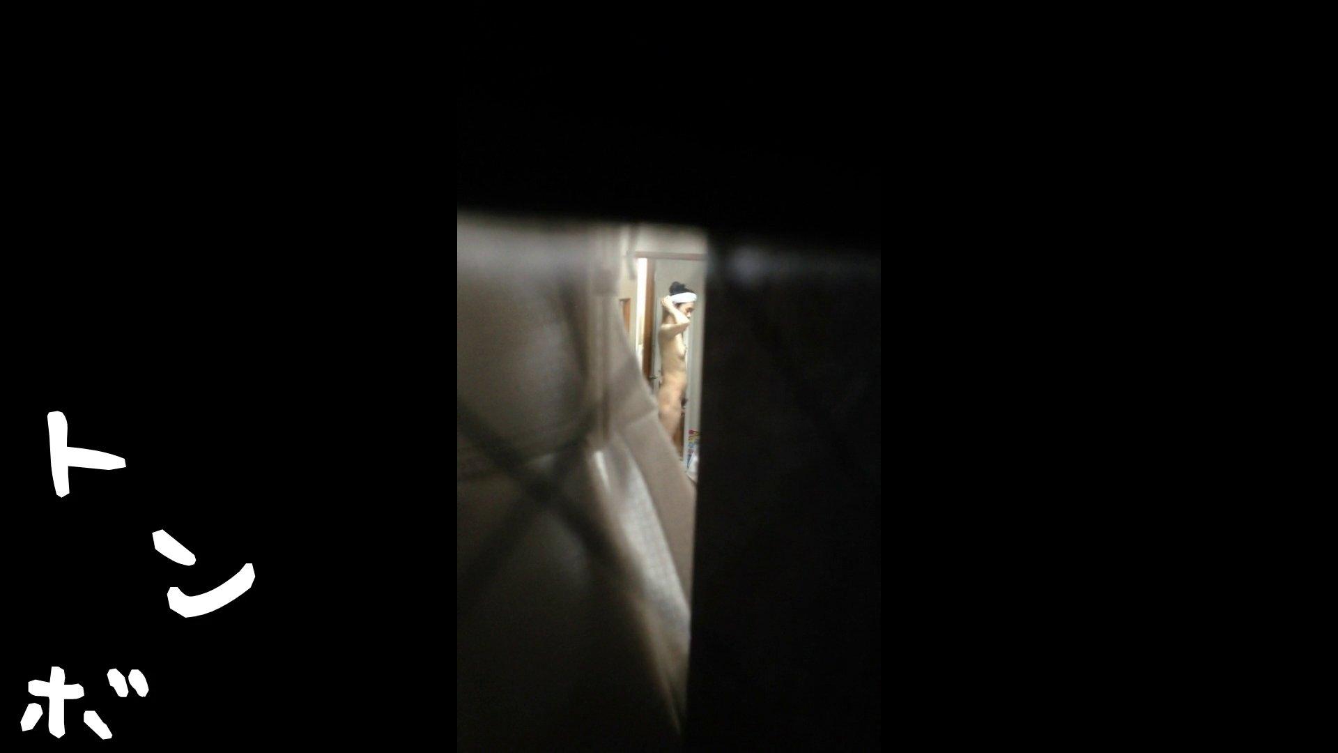 【リアル盗撮】元ジュディマリのYIUKI似 某歌手丸秘ヌード シャワー室  72PIX 12