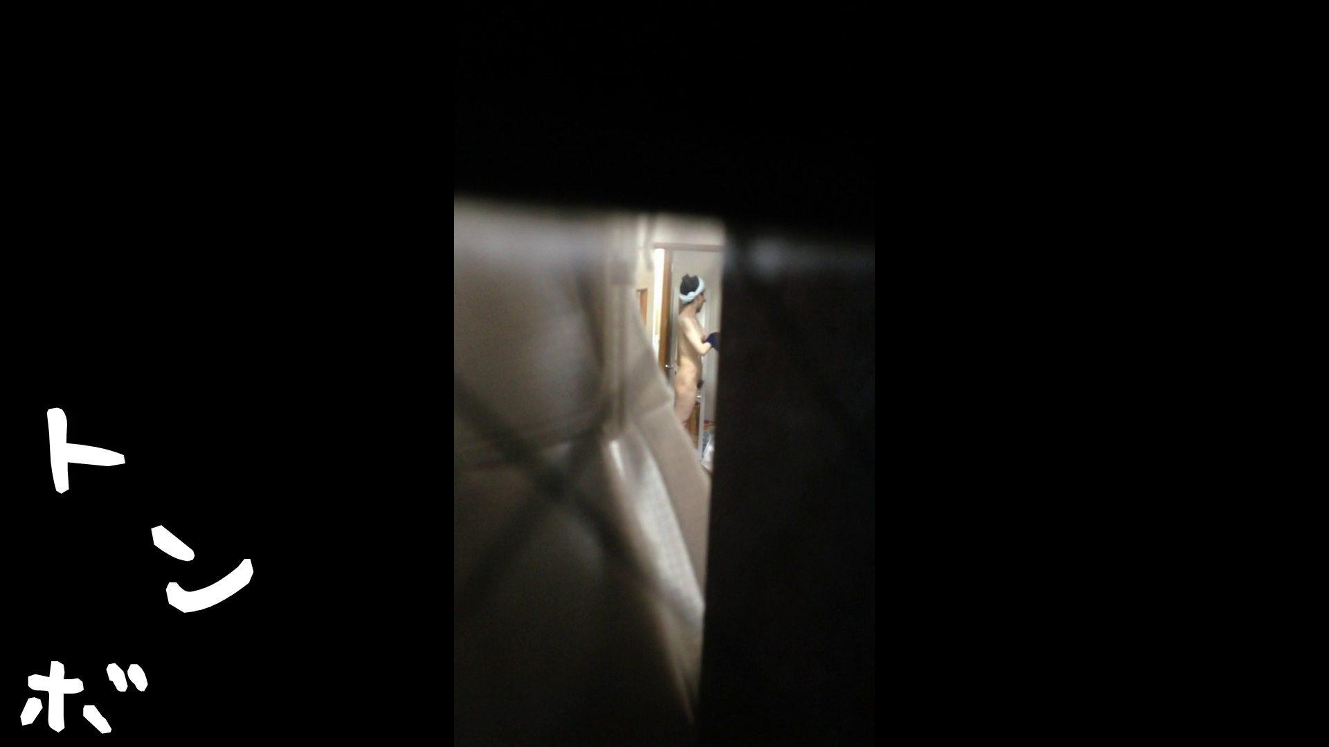 【リアル盗撮】元ジュディマリのYIUKI似 某歌手丸秘ヌード シャワー室  72PIX 13