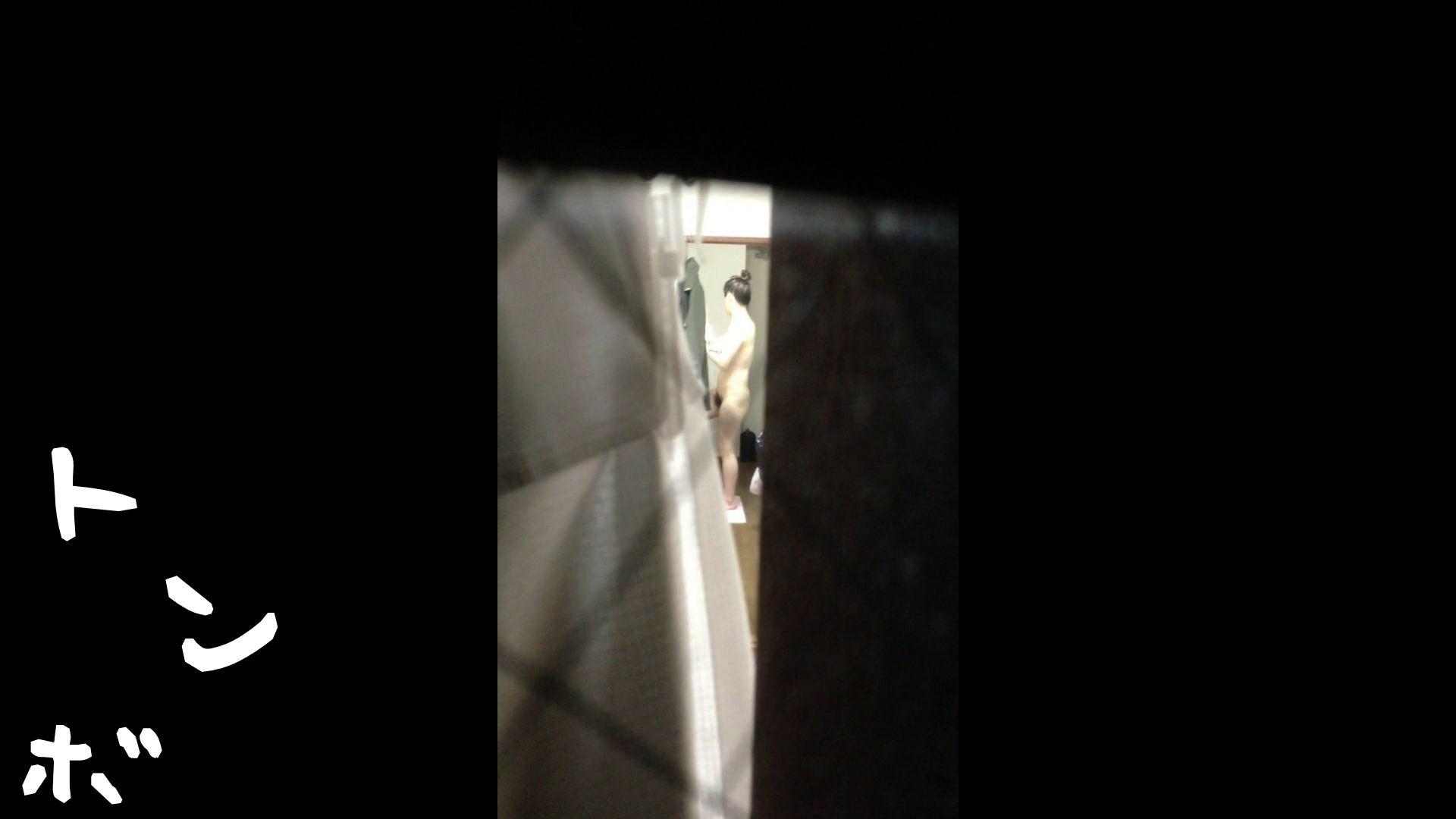 【リアル盗撮】元ジュディマリのYIUKI似 某歌手丸秘ヌード シャワー室  72PIX 43