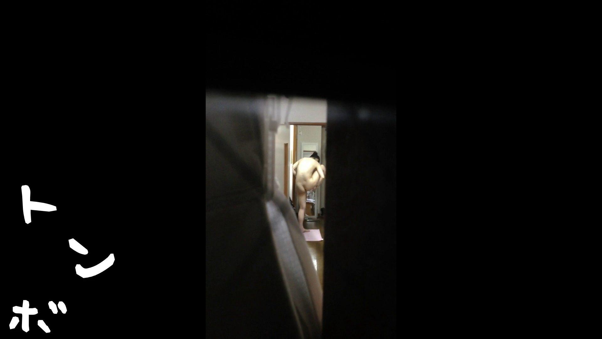 【リアル盗撮】元ジュディマリのYIUKI似 某歌手丸秘ヌード シャワー室  72PIX 59