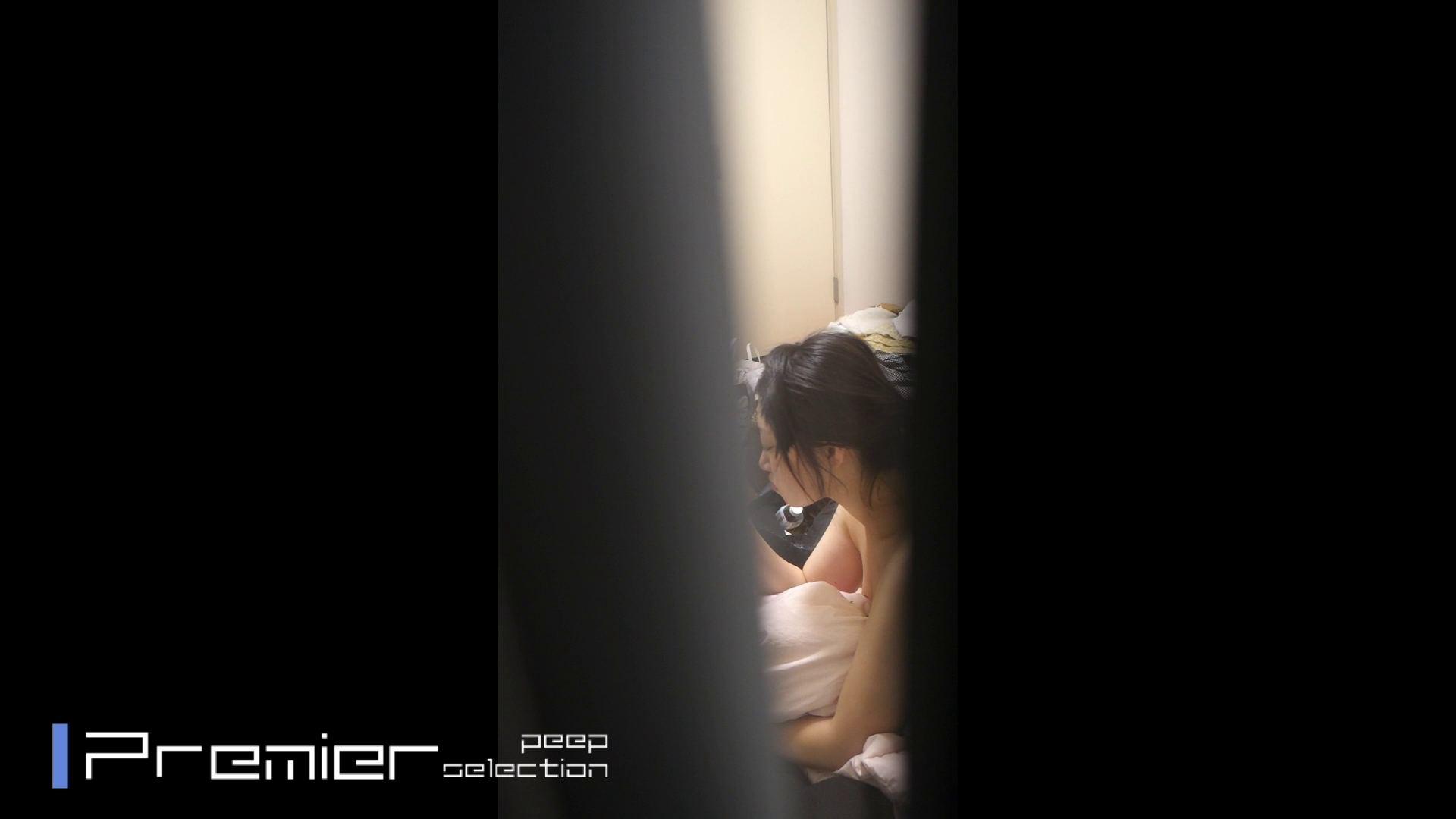 美女達の私生活に潜入!一人暮らし女子大生の部屋ヌード 潜入  57PIX 31