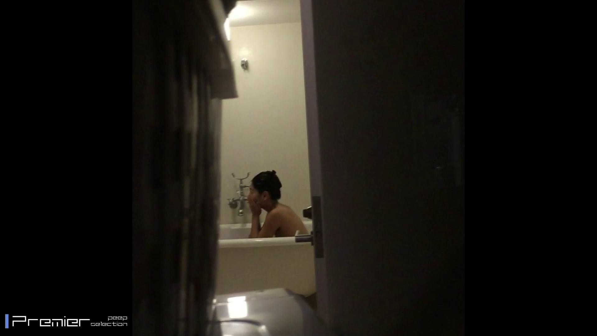 美女達の私生活に潜入!現役美人モデルの入浴シーン 高評価  68PIX 24