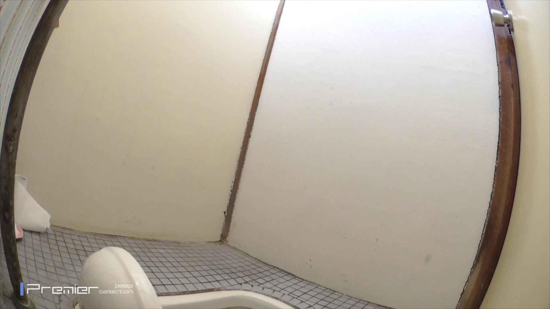 ▲2017_14位▲ 某格安温泉地宿泊施設トイレ盗撮 Vol.02 細身  57PIX 24