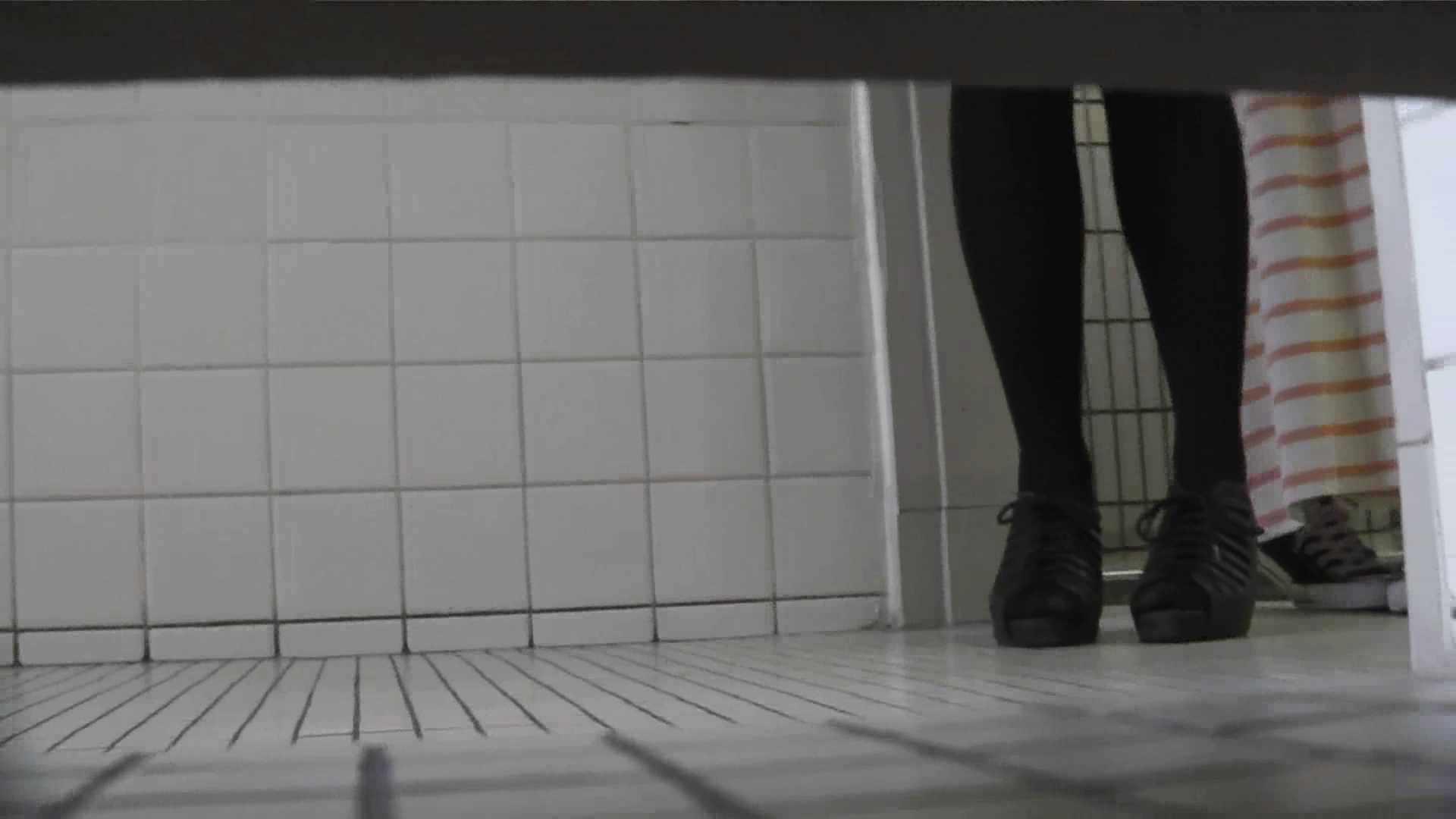 【美しき個室な世界】 vol.021 めがねっこ 高評価  82PIX 32