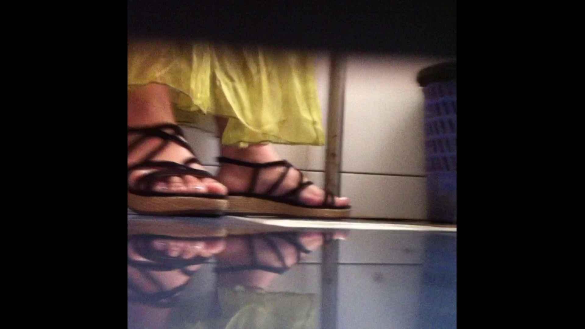 Vol.03 ちょっとお通じが・・・。そして足元の雰囲気でおたのしみください. 丸見え  84PIX 26