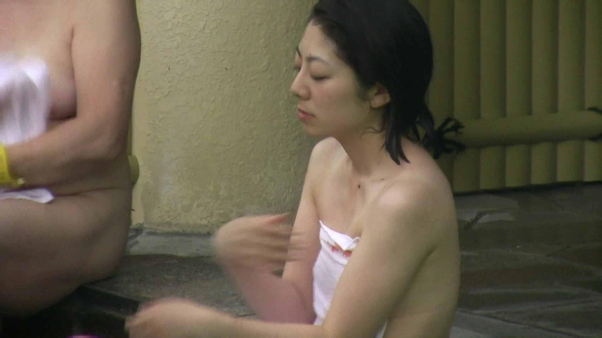 おまんこ丸見え Aquaな露天風呂Vol.04 のぞき本舗 中村屋
