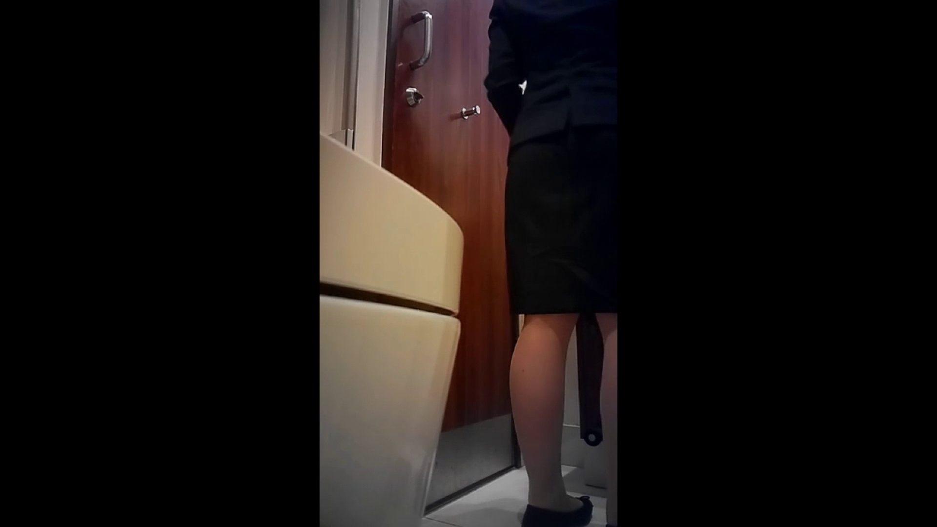 おまんこ丸見え 高画質トイレ盗撮vol.03 のぞき本舗 中村屋